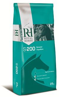 Корма для лошадей Royal Horse Premium Quality